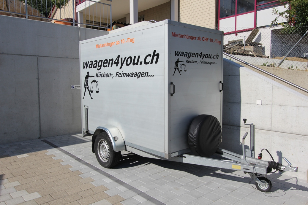 kofferanhaenger heinemann mit rampe. Black Bedroom Furniture Sets. Home Design Ideas